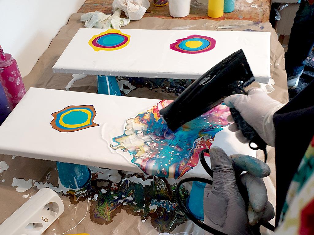 Fluid-Painting Workshop